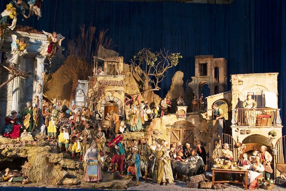 Christmas in Italy - presepi nativity scene