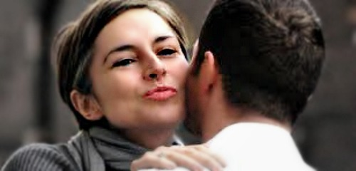 italian-kiss-greeting