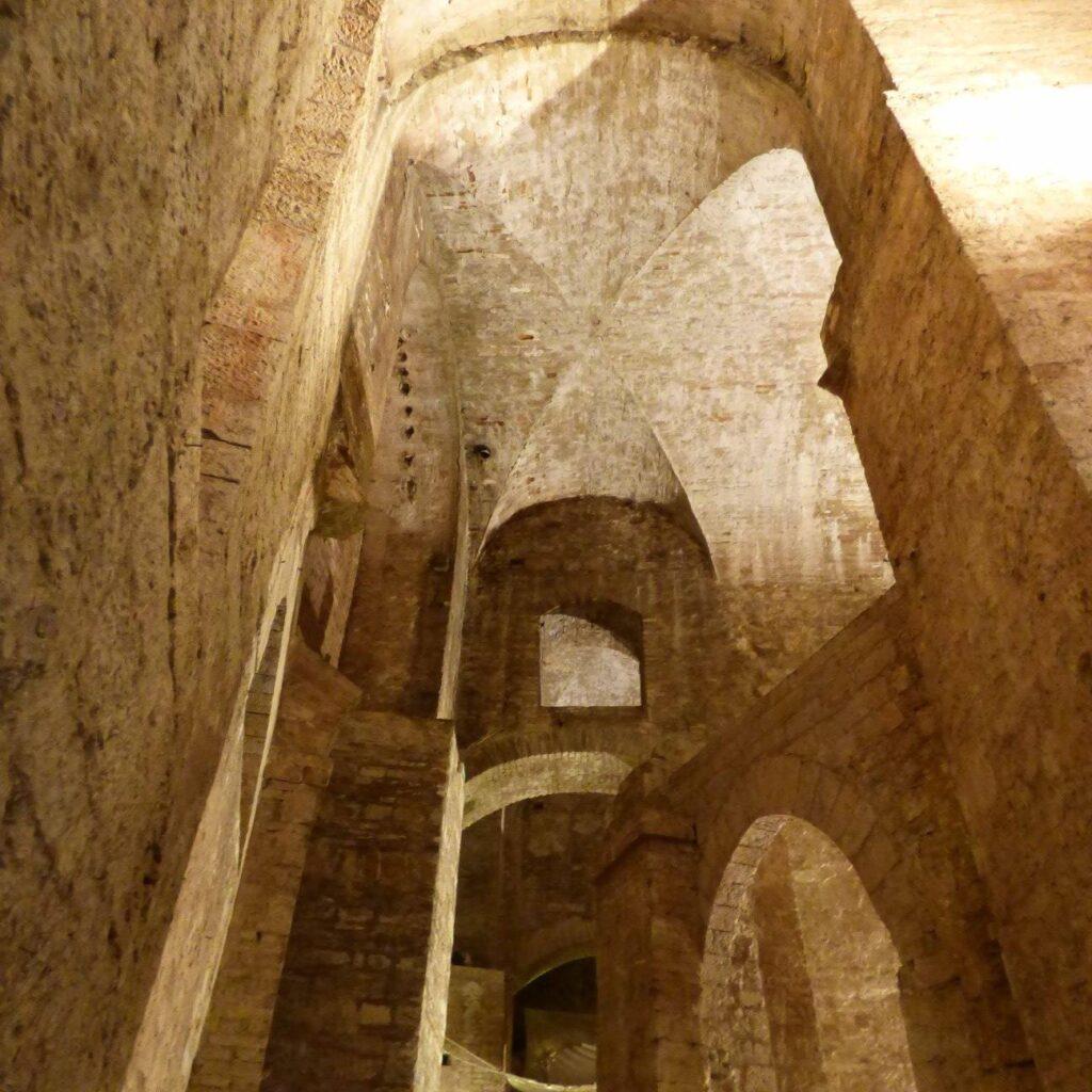 perugia underground city